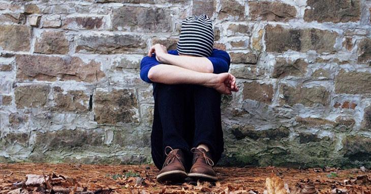 Negative Gefühle wie Traurigkeit oder Angst sind nach einer Trennung normal.
